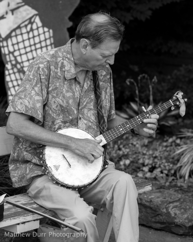 Banjo Nikon 85mm, ISO 100, f/2.8, 1/640