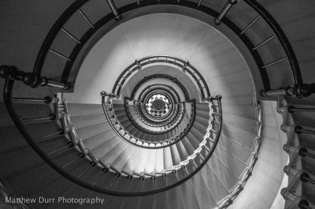 Spiral Down Zeiss 32mm, ISO 1600, f/4, 1/50