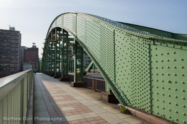 Bridge Over Sumida 16mm, ISO 100, f/4, 1/640