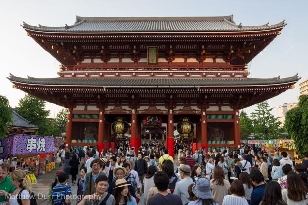 Senjo-Ji Entrance 16mm, ISO 100, f/5.6, 1/60
