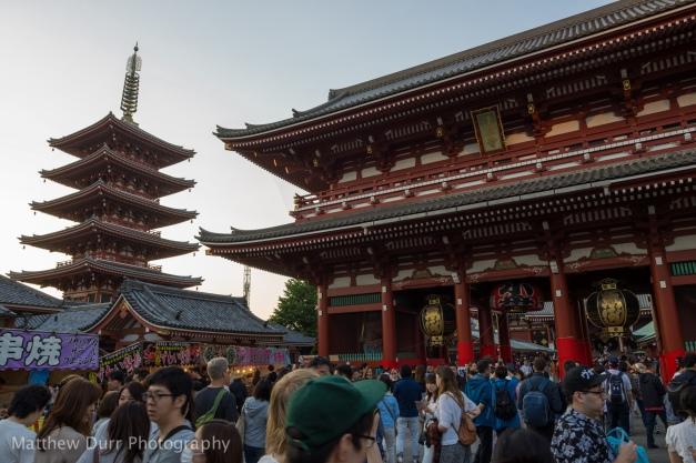 Entrance and Pagoda 16mm, ISO 100, f/5.6, 1/60