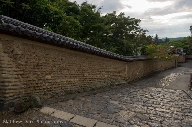 Walkway towards Tōdai-ji 16mm, ISO 100, f/5.6, 1/60