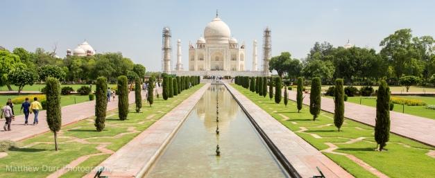 Taj Mahal 16mm, ISO 100, f/5.6, 1/640