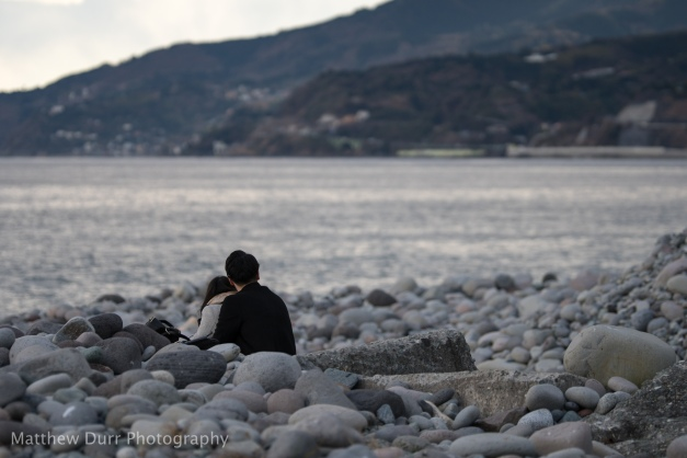 Couple on the Rocks 105mm, ISO 100, T5.6, 1/1250